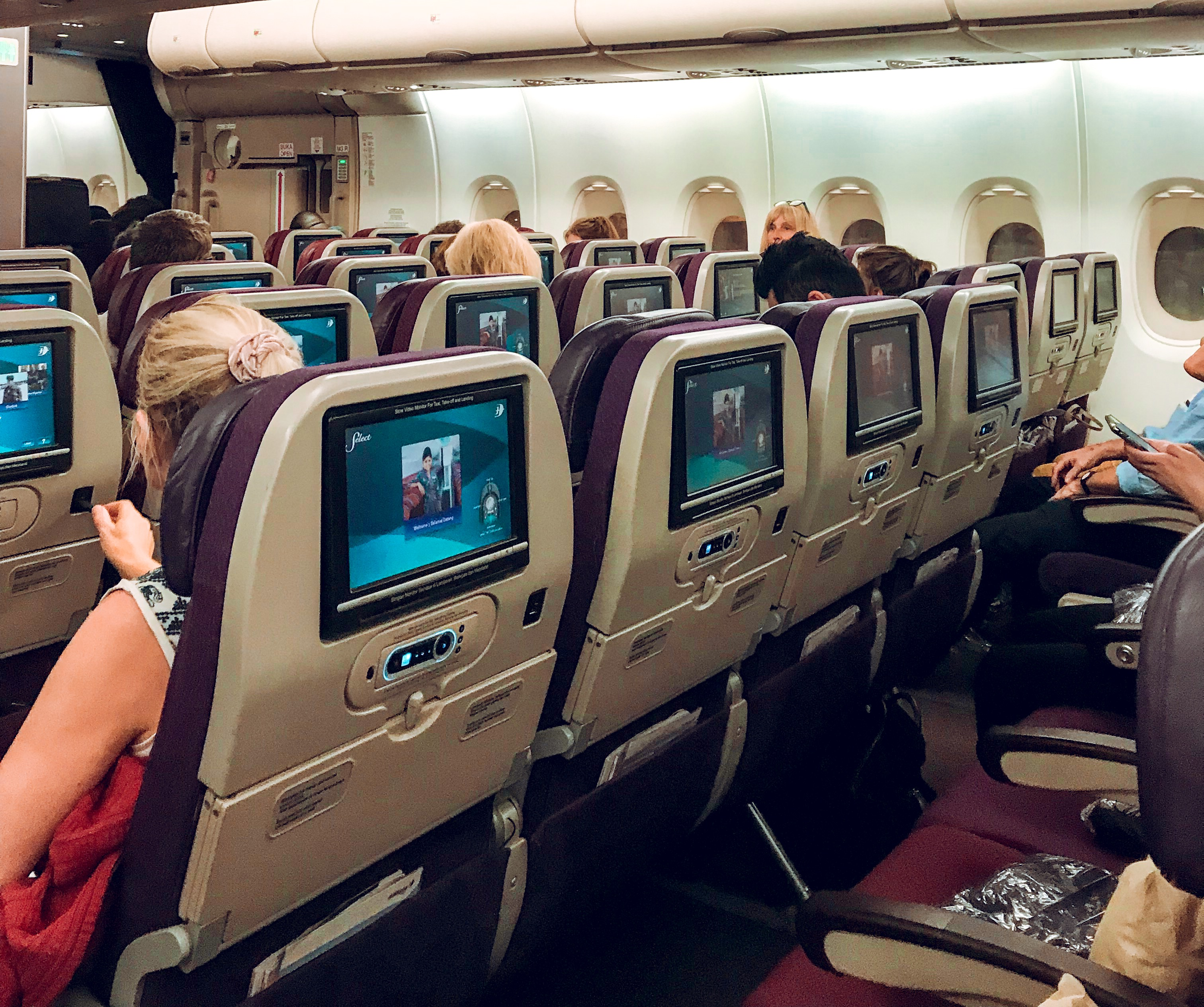 Tips for a Comfortable Long Haul Flight   Plus Size